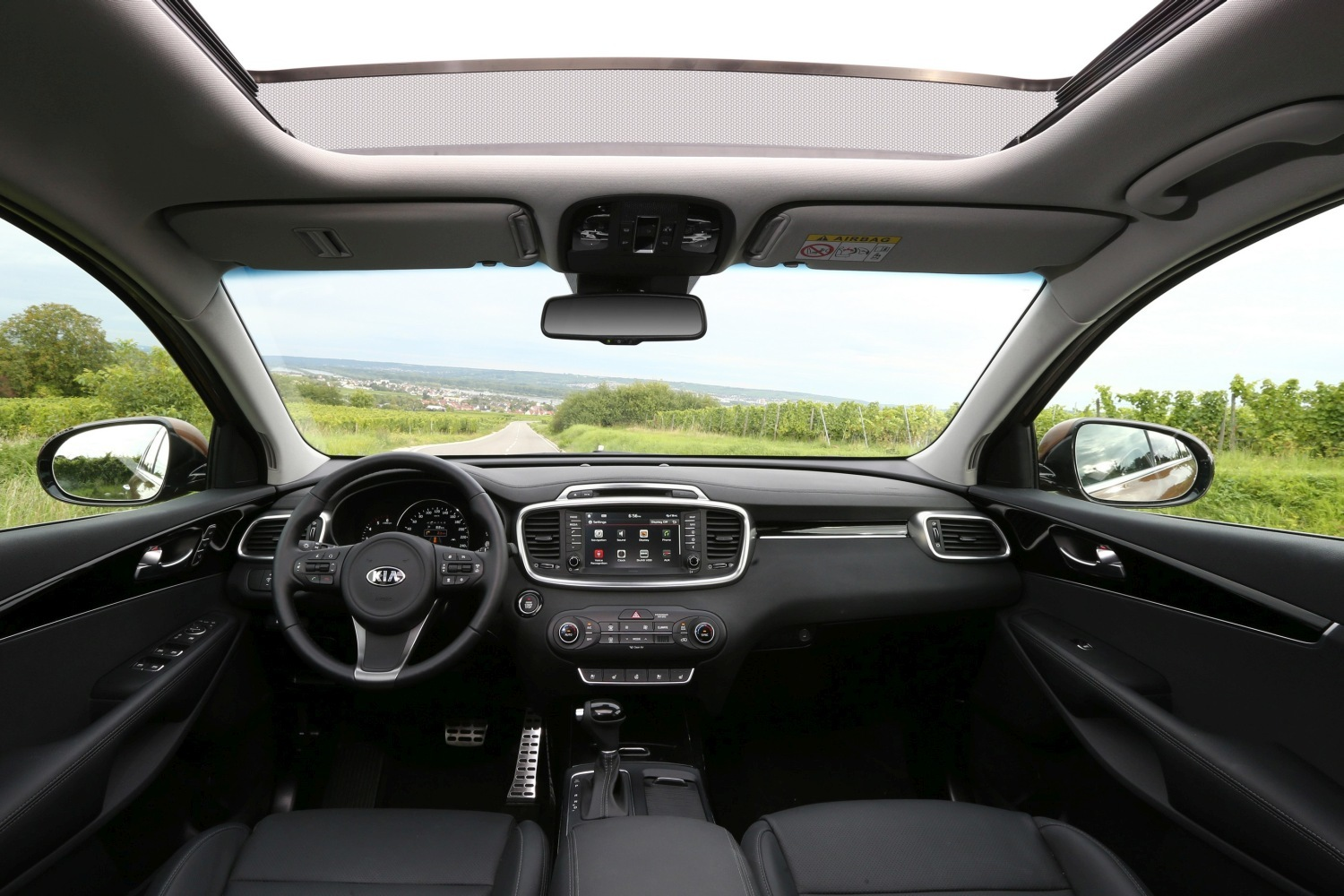 2018 Kia Sorento interior changes