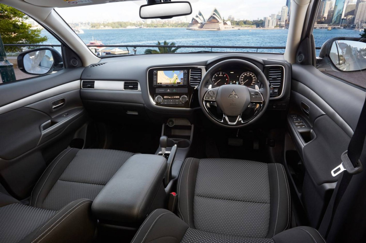 2018 mitsubishi asx interior. fine interior 2018 mitsubishi outlander features throughout mitsubishi asx interior i