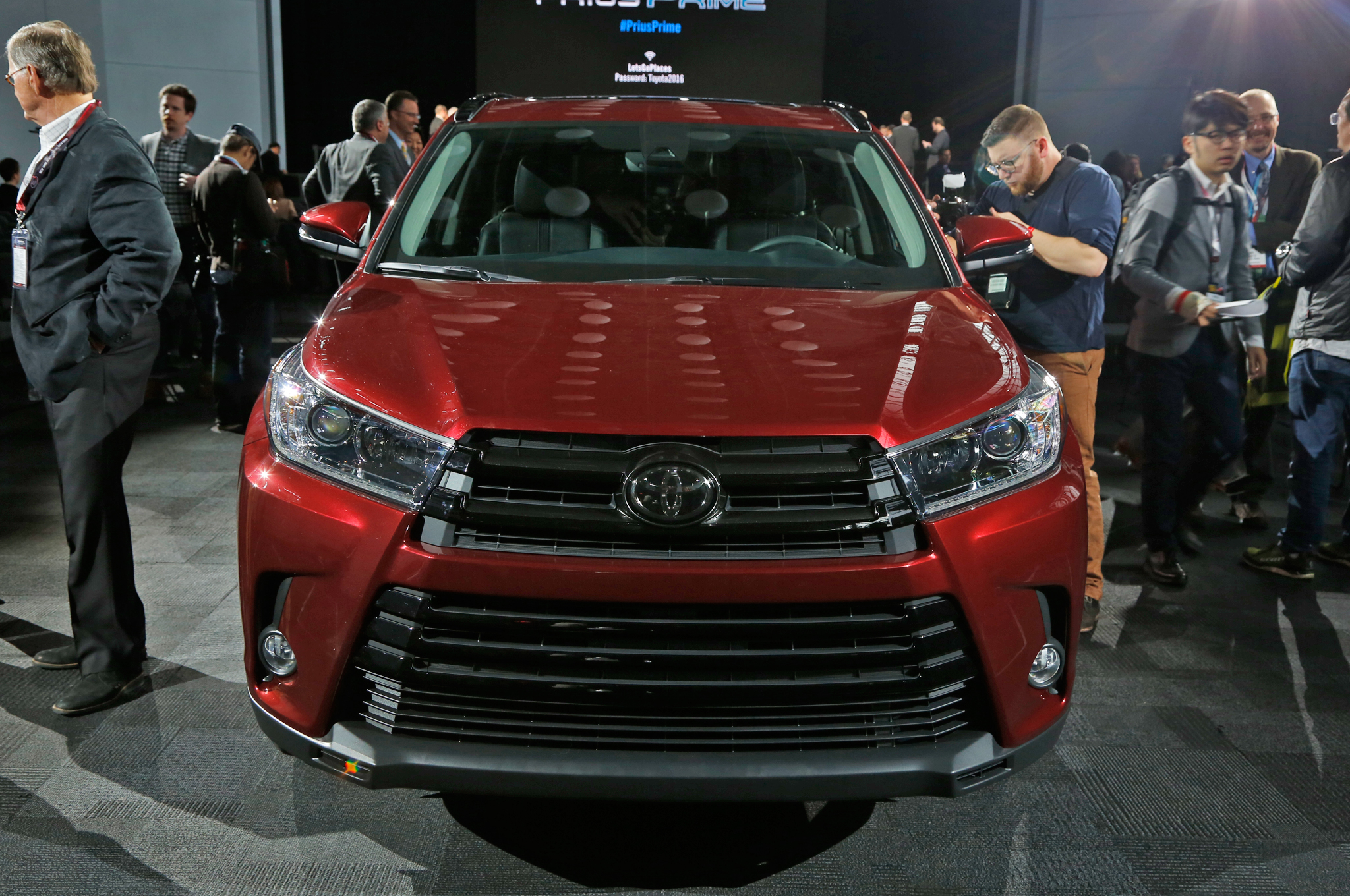 2018 Toyota Highlander prices