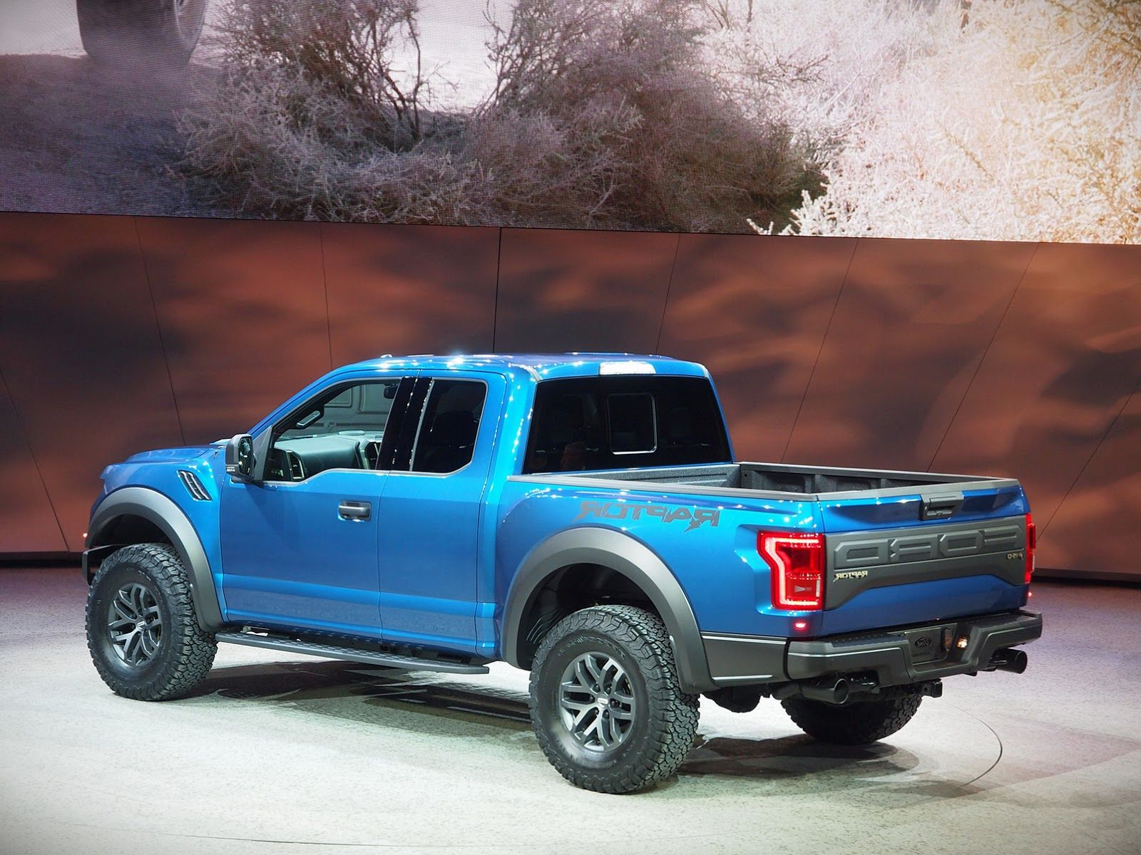 2019 Ford F-150 raptor mpg