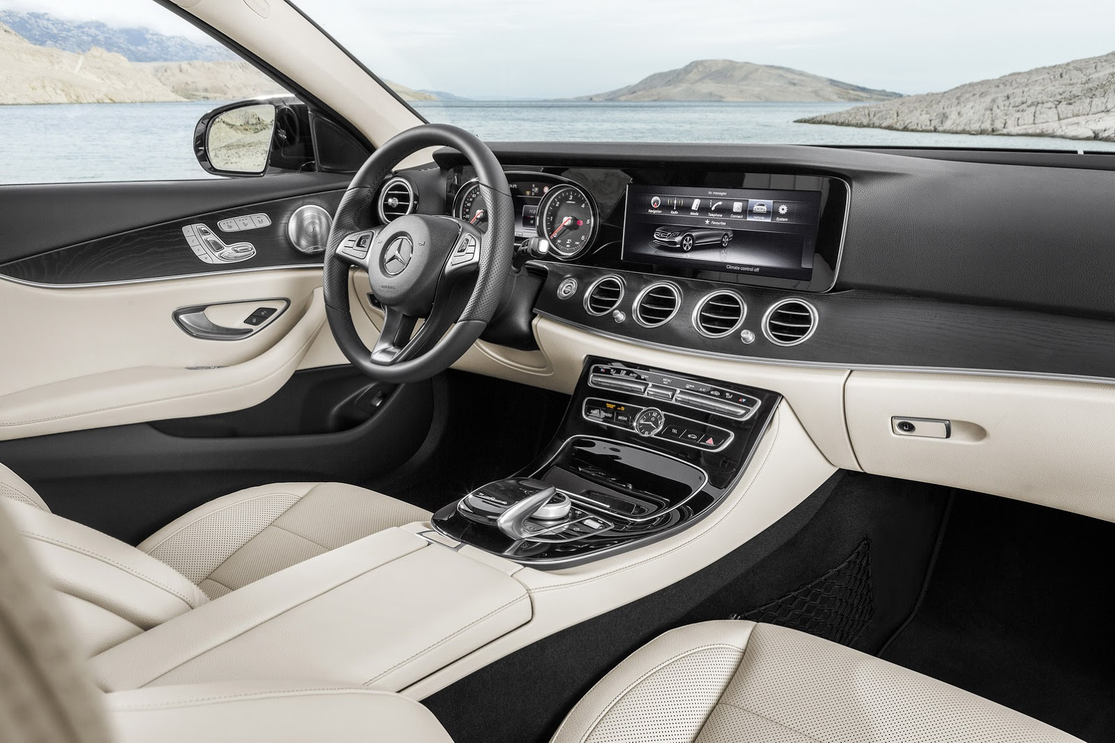 2017 Mercedes E 220d interior updates