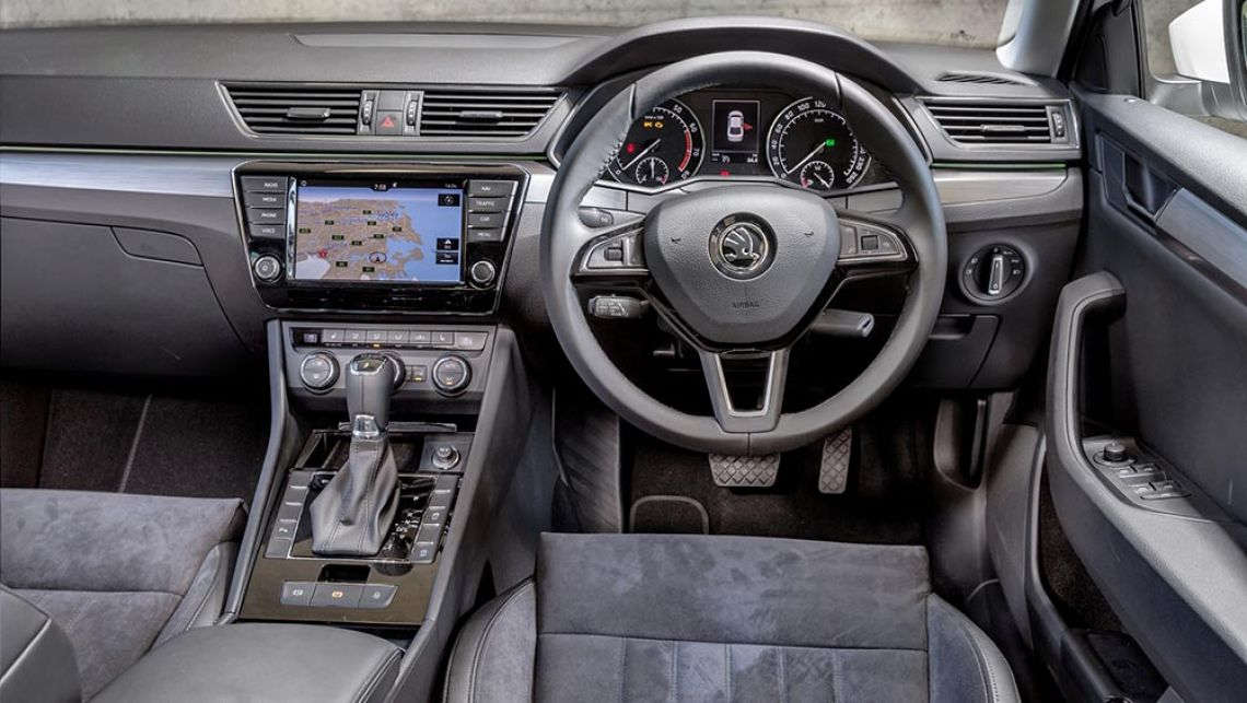 2017 Skoda Superb wagon interior pictures