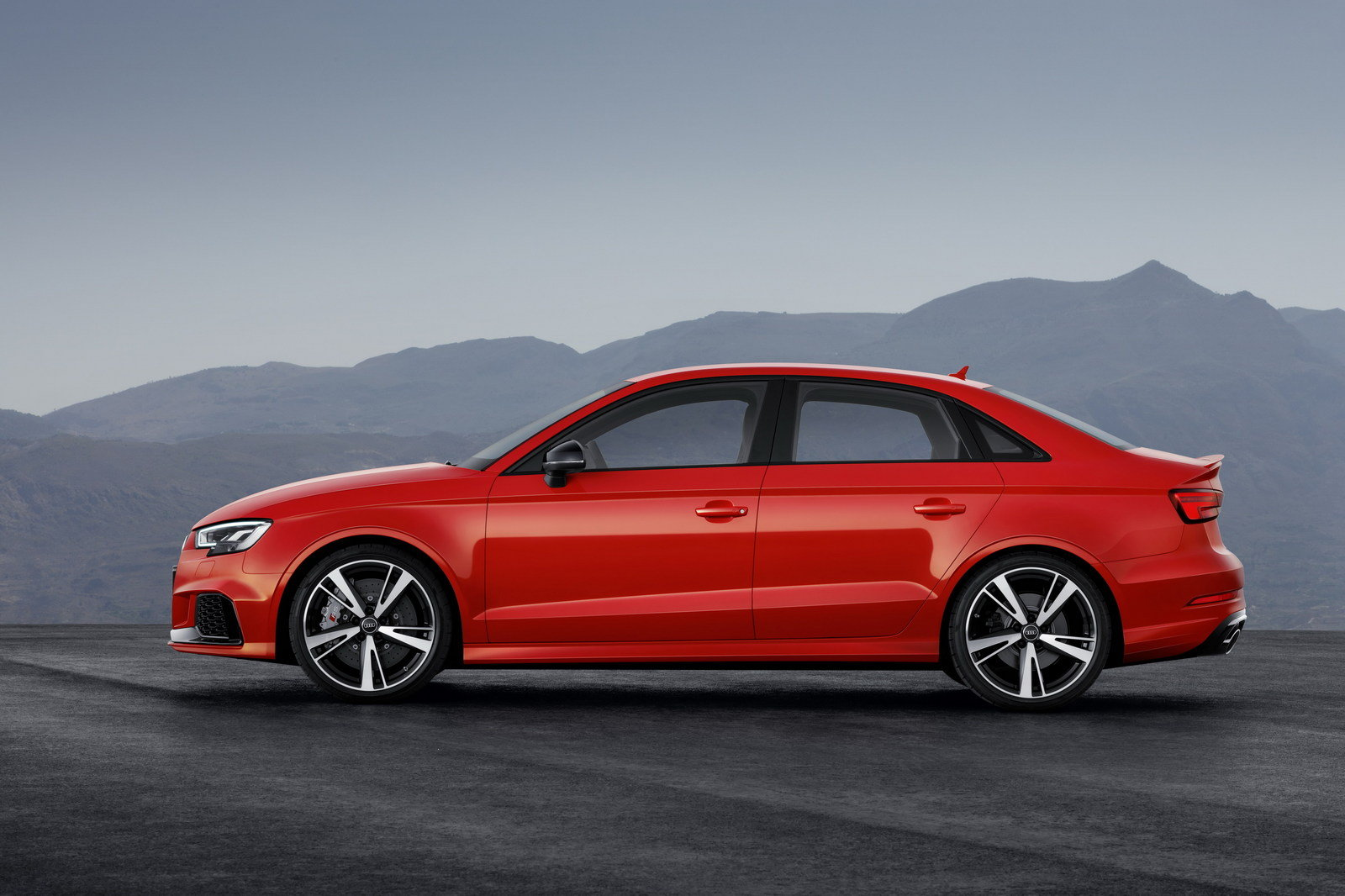 2018 Audi RS5 coupe red colors