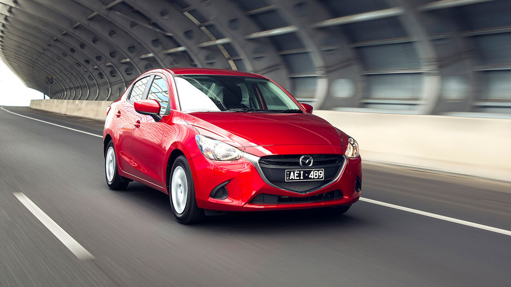 2018 Mazda 2 reviews and price