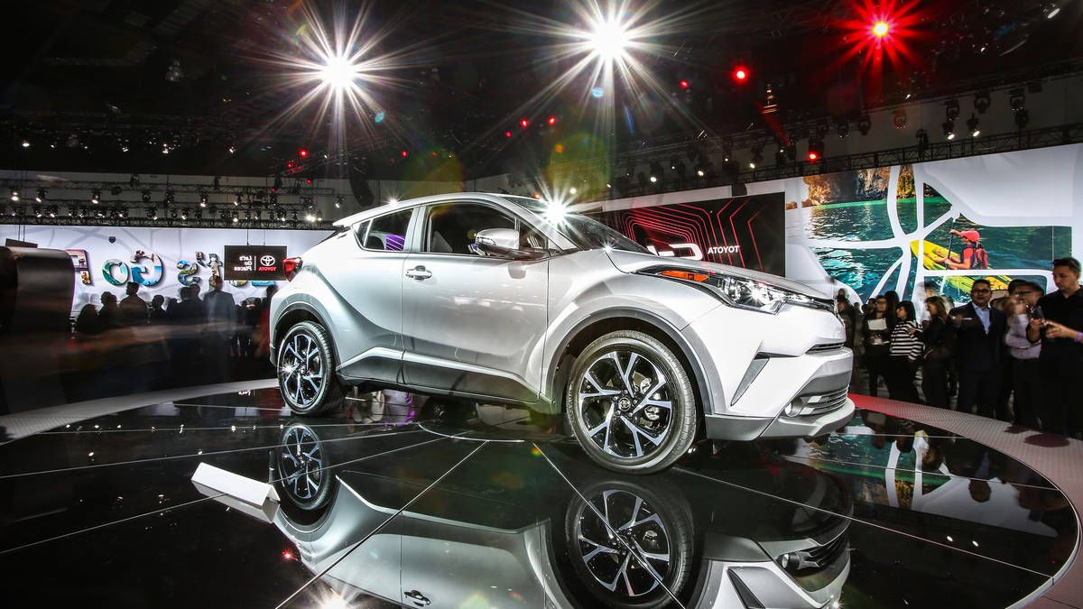 2018 toyota chr usa msrp new suv price. Black Bedroom Furniture Sets. Home Design Ideas