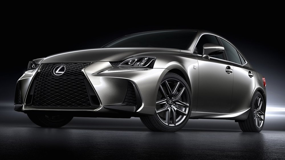 2018 lexus IS 300h hybrid
