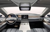 2018 lincoln aviator interior compare with navigator