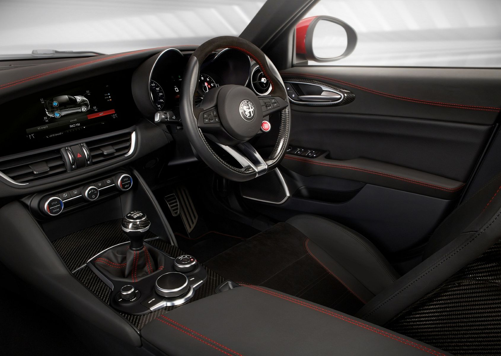 Alfa Romeo Stelvio 2017 interior photos