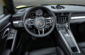 2018 Porsche 911 Carrera 4S interior photos
