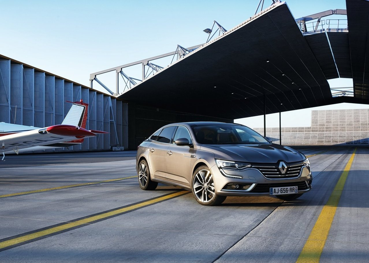 Dimension Renault Talisman 2018