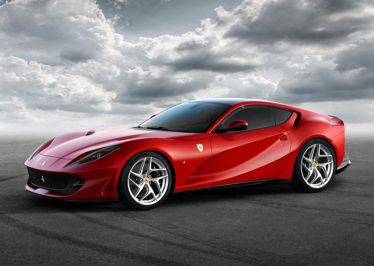 Ferrari 812 Superfast 2018 Exterior Design for wallpaper desktop 4K