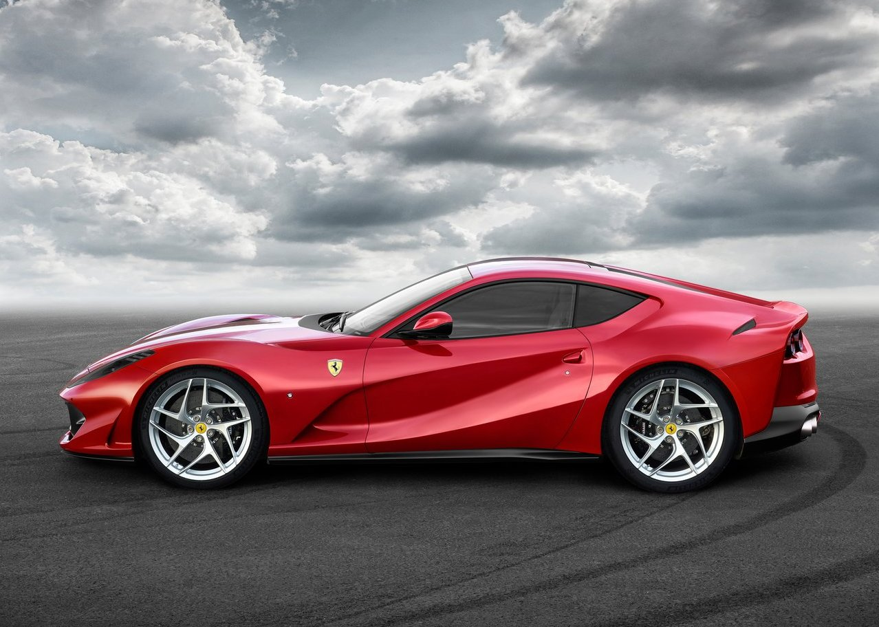 Ferrari 812 Superfast Wallpaper Desktop 4K