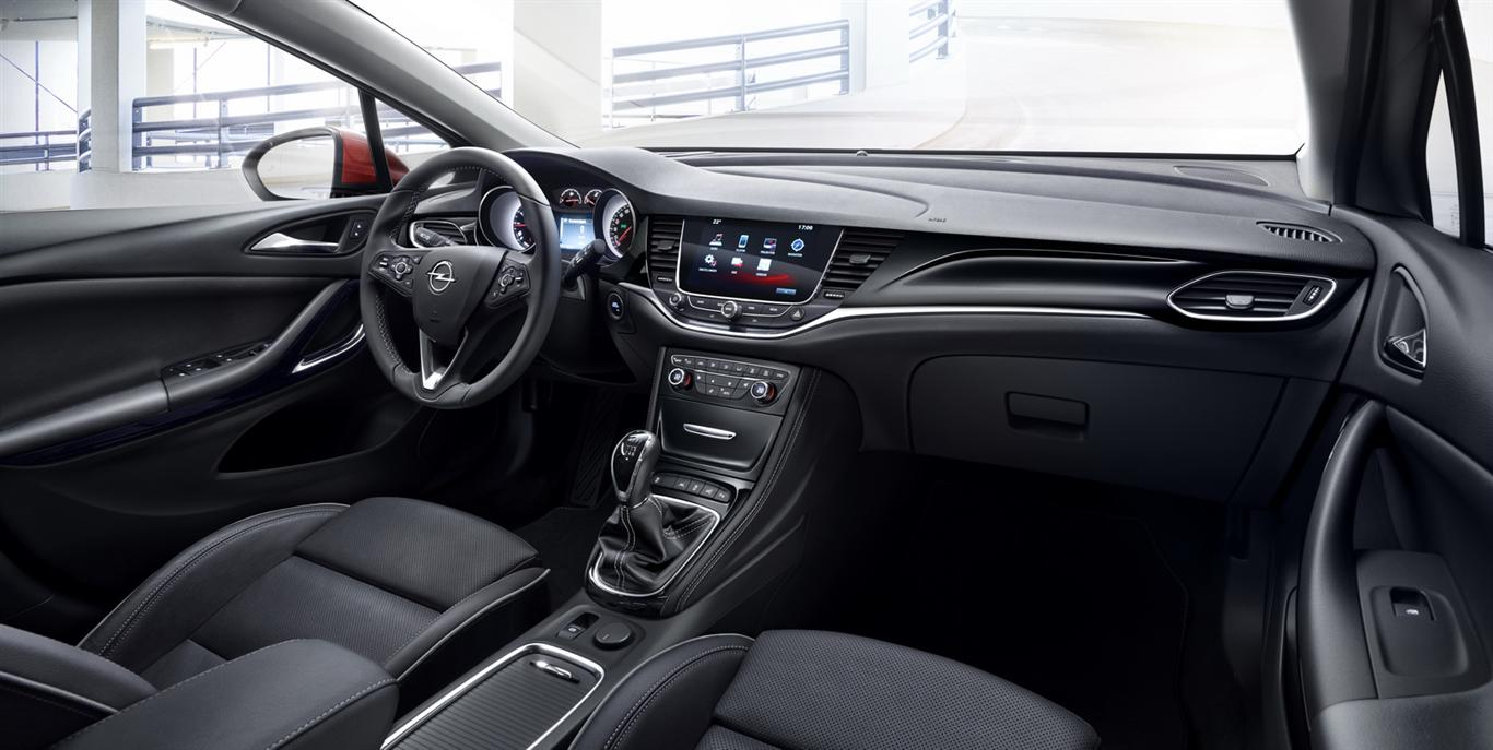 2018 Opel Astra Interior Images