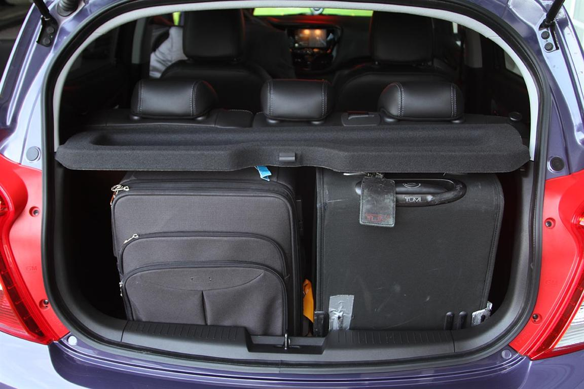 2018 Opel Karl Trunk Capacity