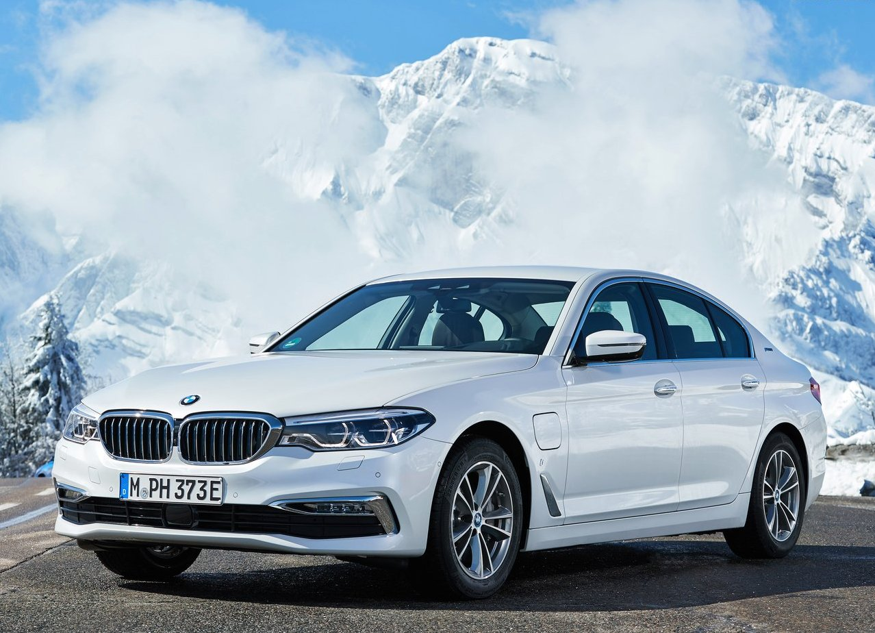 2019 BMW 530e iPerformance Batteray Consumptions