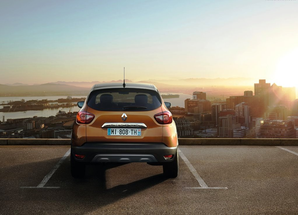 2019 Renault Captur Wallpaper 4k