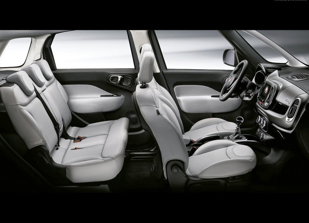 2019 Fiat 500L Seating Capacity