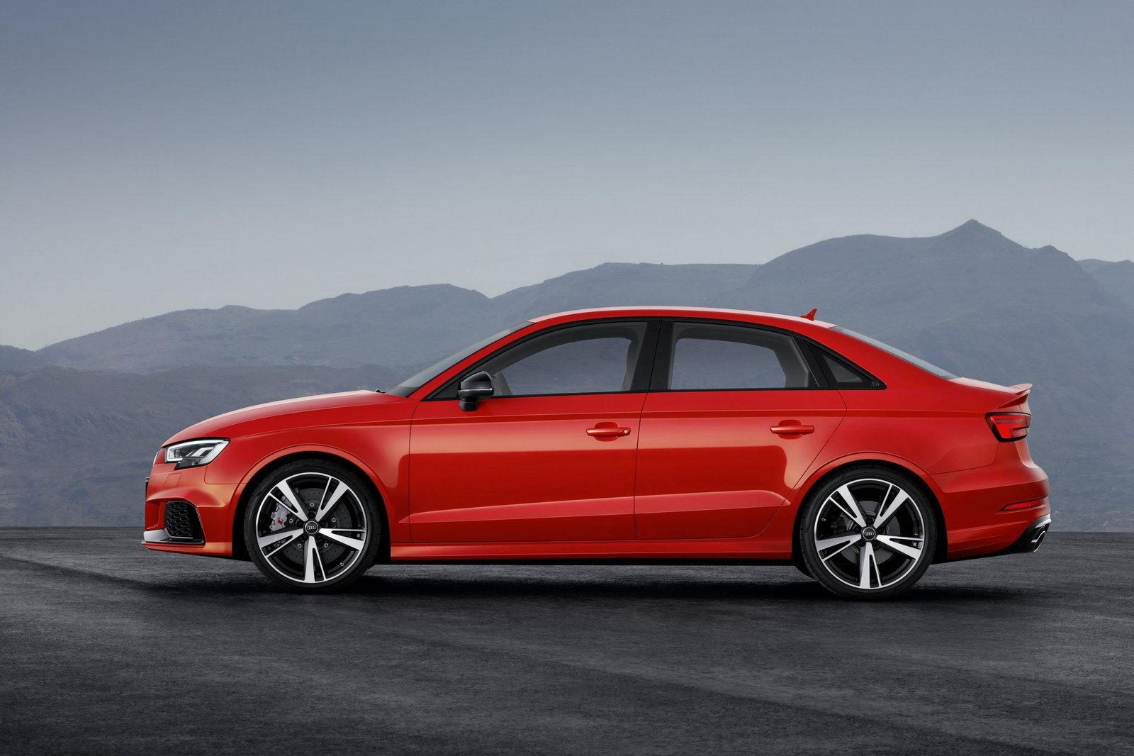 2019 Audi RS 5 Coupe Red Color