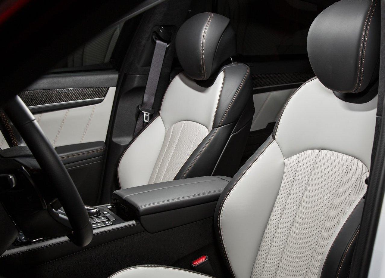 2019 Genesis G70 Seating Capacity