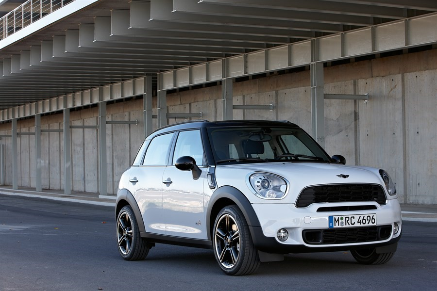 2018 Mini Countryman Cooper D All4 Review Exterior & Interior