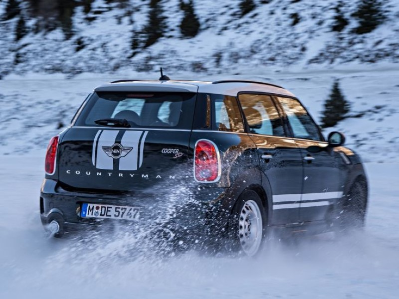 2018 Mini Countryman Cooper D All4 Road Test