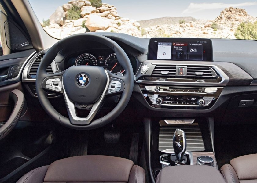 2019 BMW X3 Interior Integrated With Apple Car Play