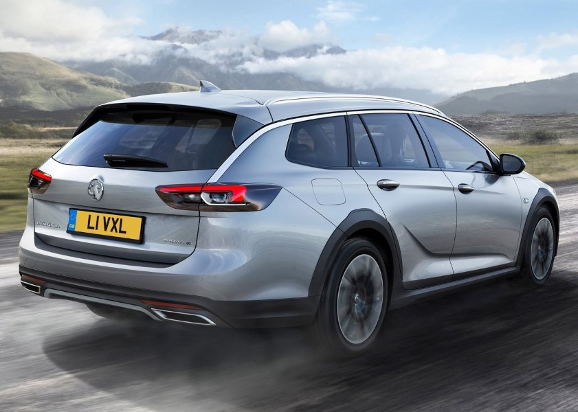 2018 Vauxhall insignia Country Tourer Review Price and Equipmet