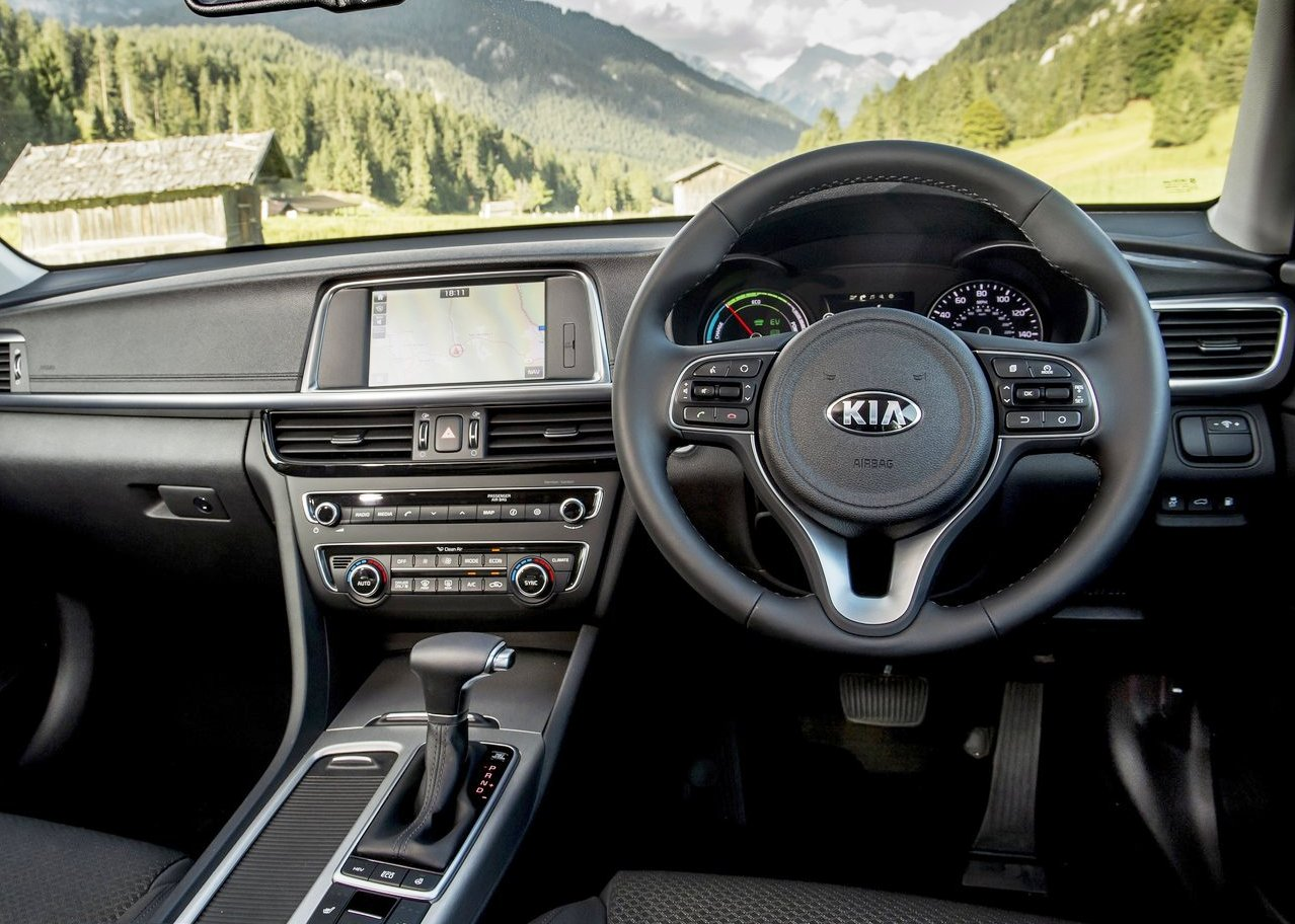 2019 Kia Optima Sportswagon PHEV Interior New Features