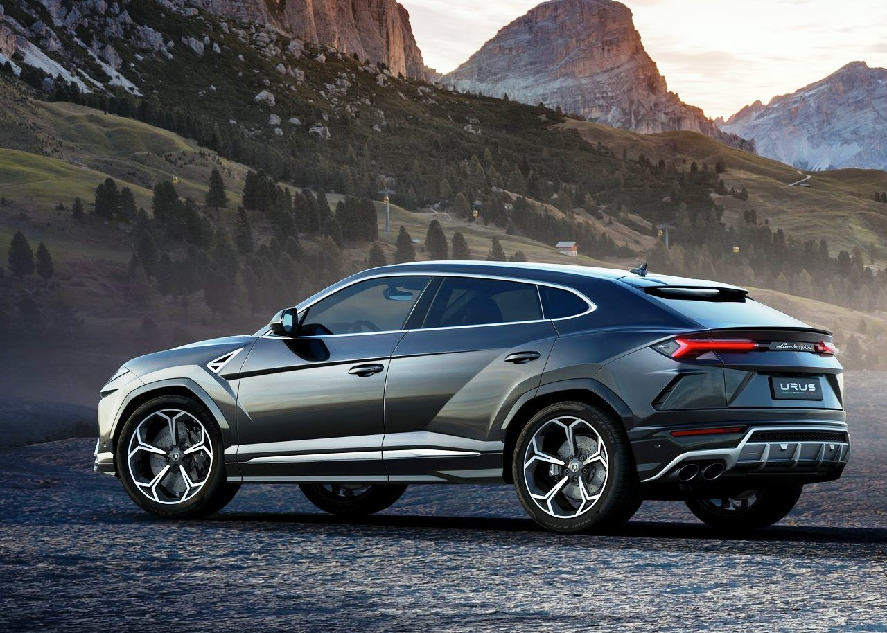 2019 Lamborghini Urus 0-60 On The Road and Off-Road
