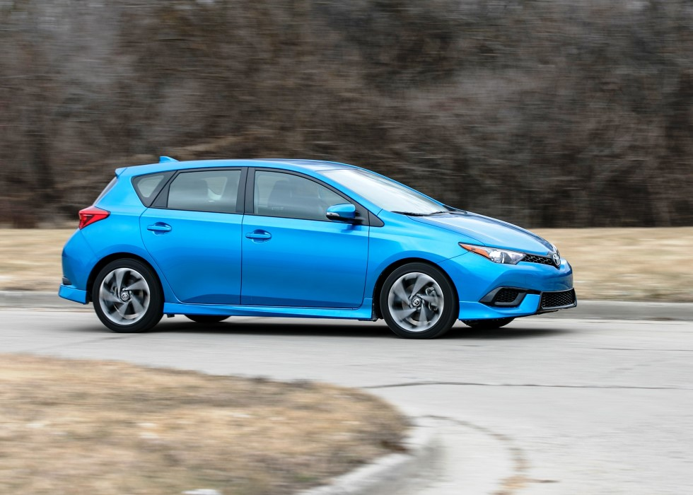 2019 Toyota Corolla Hatchback iM Series Model Color Trims