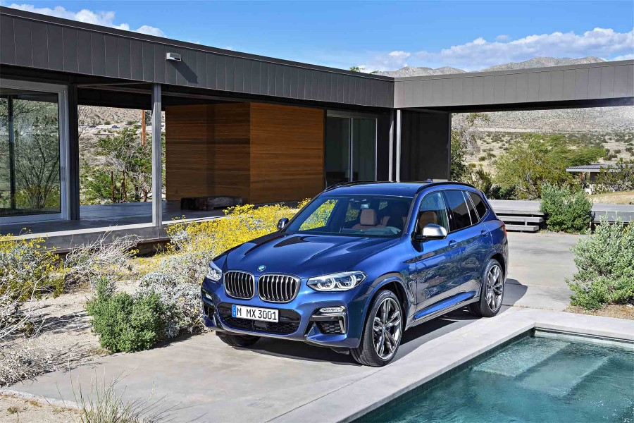 2019 BMW X5 Metalic Blue Color Exterior Changes