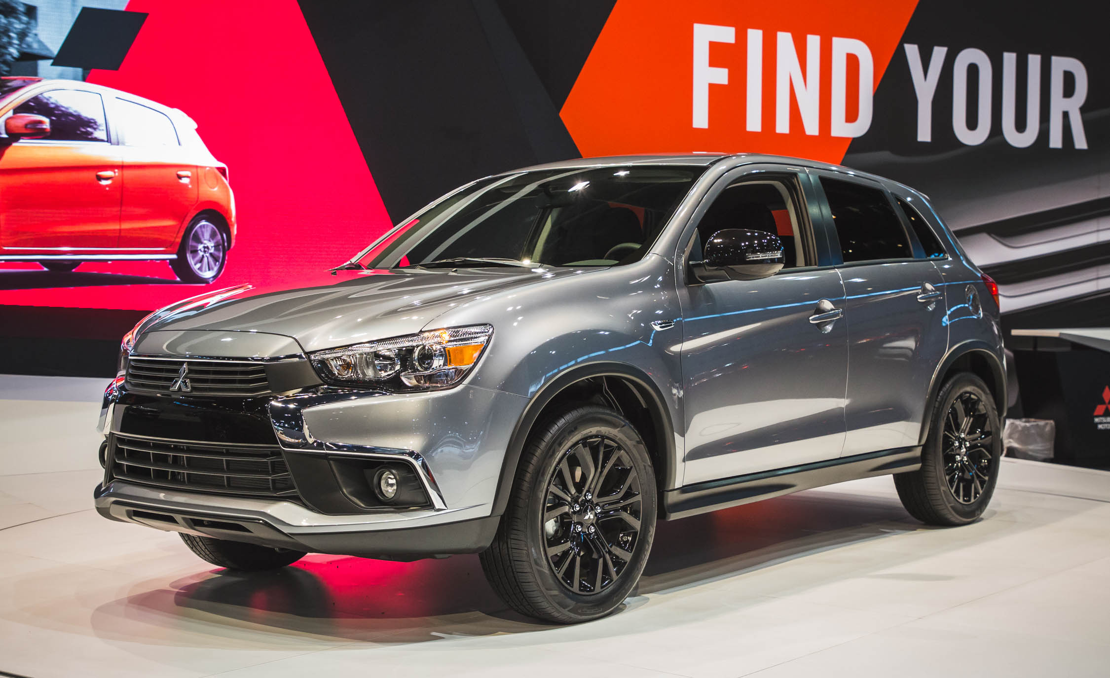 2019 mitsubishi outlander phev release date new suv price. Black Bedroom Furniture Sets. Home Design Ideas