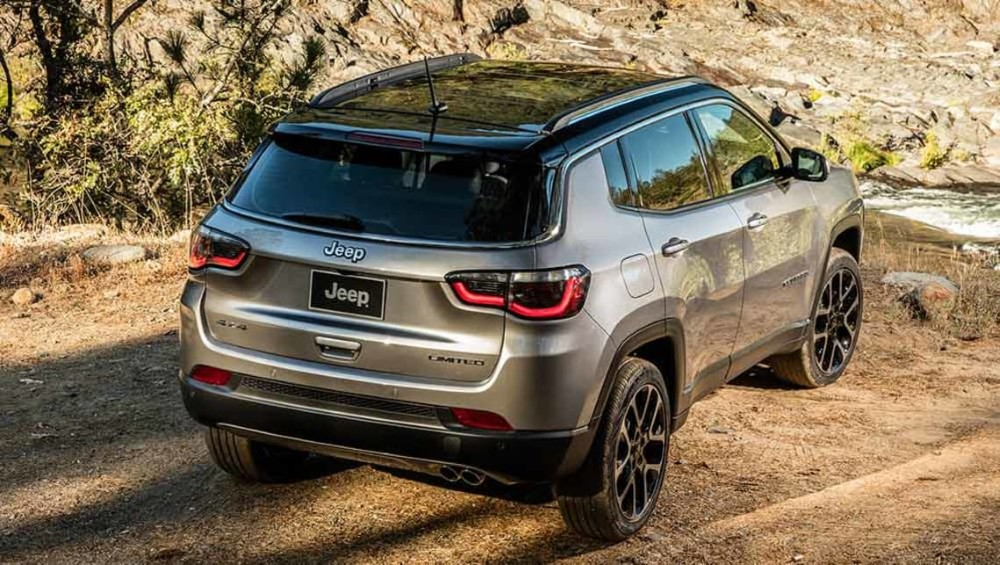 Restyling Renegade 2018 >> 2019 Jeep Renegade Review; Best Small SUV - New SUV Price
