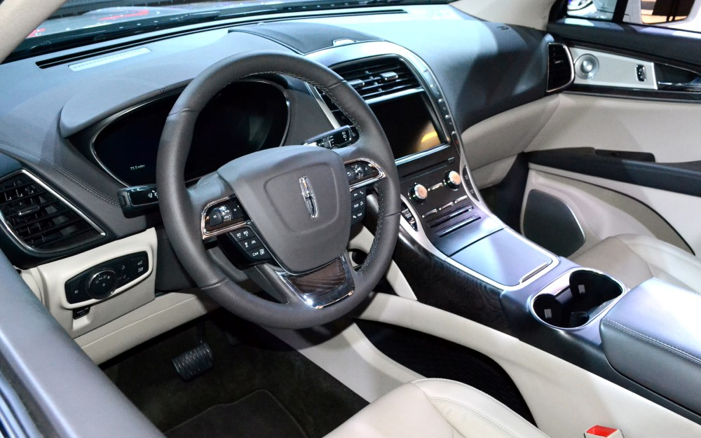 2020 Lincoln Aviator Interior Pictures