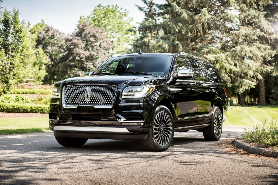 2019 Lincoln Navigator Black Label Themes