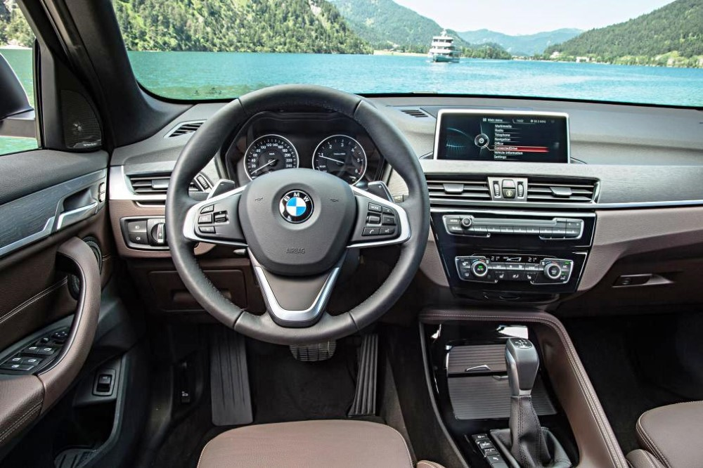 2020 BMW X1 Facelift Dashboard