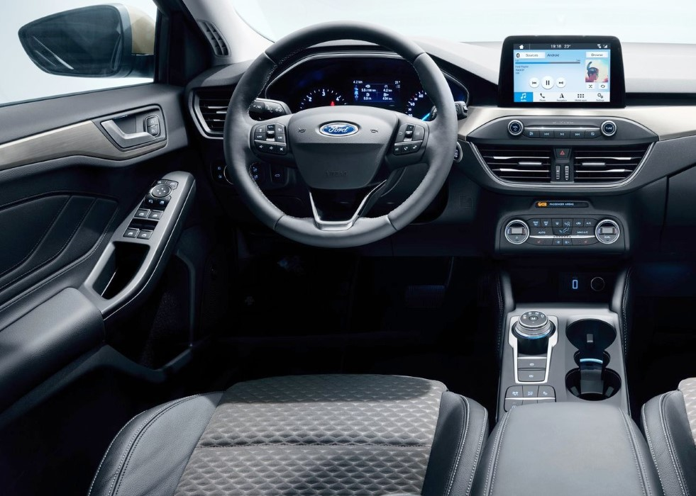 2020 Ford Focus Interior Features