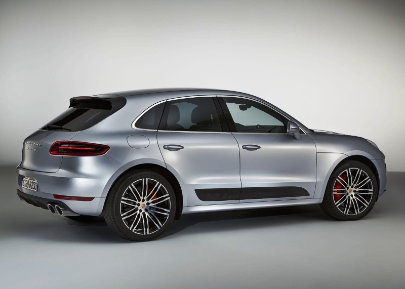 2020 Porsche Macan Turbo Silver Color