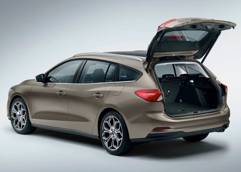 2020 Ford Focus Wagon Cargo Space