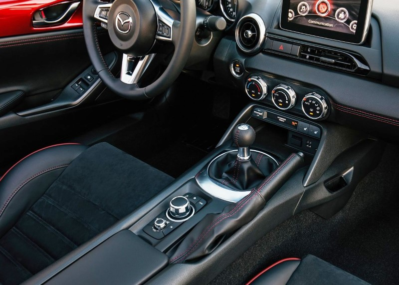 2020 Mazda MX-5 RF Apple Carplay