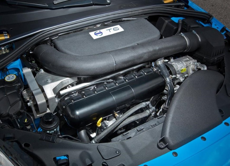 2019 Volvo S60 R-Design T6 Engine Spcs & Performance