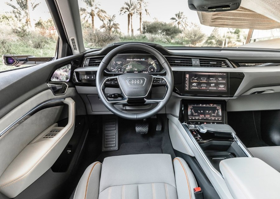 2020 Audi E-Tron Interior Features