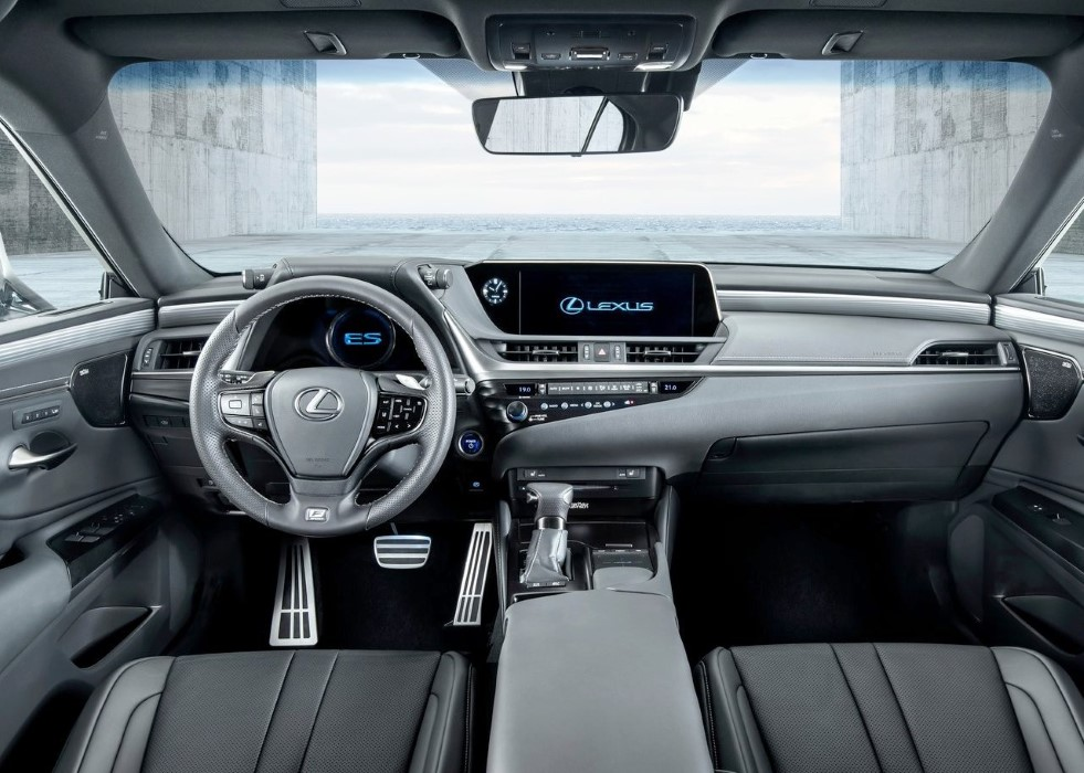 2020 Lexus ES 300h Interior Photos