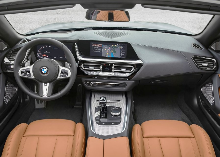 2020 BMW Z4 Interior & Features