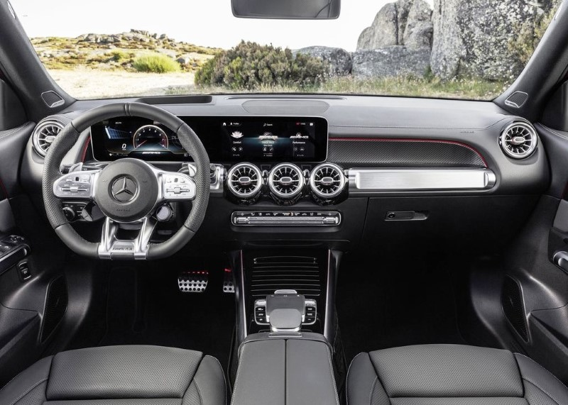 2020 Mercedes GLB 35 AMG Interior & Features