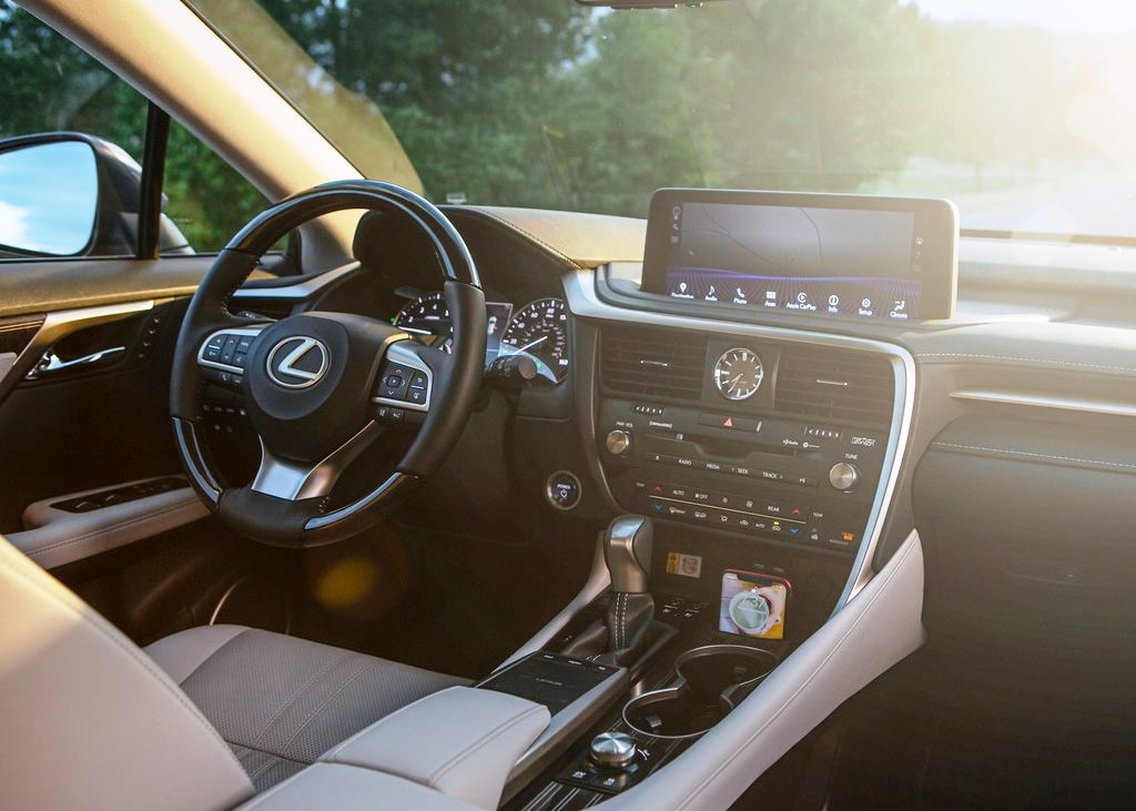 2021 Lexus RX 450hl Interior Dashboard with apple carplay