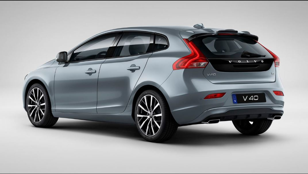 2021 Volvo V40 New Features and Electric Engine